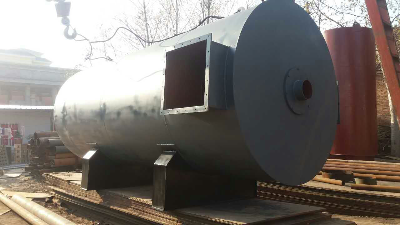 10万大卡热风炉、10万大卡燃气热风炉价格。LRF系列热风炉有 我公司与中国船舶重工业集团公司联合开发设计的新一代供热产品,该产品采用多头螺旋槽片换热技术,将燃烧与换热设计成一体化,使产品结构紧凑、布局合理, 换热强度大,升温快,热效率高。具有占地面积小、安装操作方便,热风干净,性能稳定等特点。该热风炉利用间接热传递技术,以干净的空气为传热介质,为各行 各业的用热工艺提供理想的直接热源,供热温度分为低温(80~150)、中温(200~300)、高温(400~550)、三种档次,客户可根据烘 干工艺的要