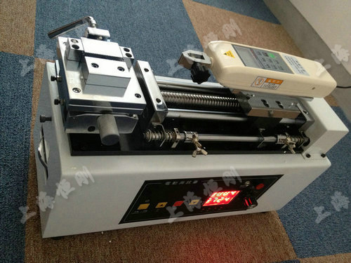 电动卧式测试台